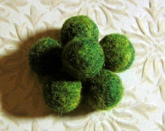 Felted Beads - Needle Felted Balls - Mossy Forest  - Green Wool Beads - Marbled Shades of Greenery Ball Beads - Felt Round Beads