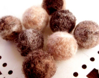 Needle Felted Balls - Caramel Cookies and Cream Mix - Natural Wool Felt Ball Beads - Ivory, Tan, and Brown Fuzzy Beads