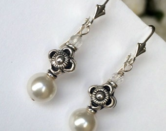 Pearl Earrings Sterling Silver Wire Wrapped Ivory Pearl Dangle Earrings Simple Everyday Pearl Earrings Urban Chic Boho Pearl Earrings