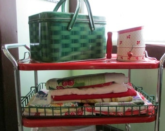 Industrial  Wire Basket Rustic Storage Rack Bin Metal Container Large Tray Bath Kitchen Green Rubber Coating