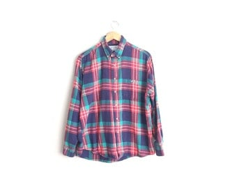 Size M // PLAID FLANNEL // Red & Blue - Long Sleeve Button-Up Shirt - Cotton - Vintage '90s.