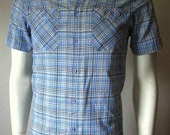 Vintage 80s Blue Plaid Short Sleeved Button Down Shirt Size Mens Small