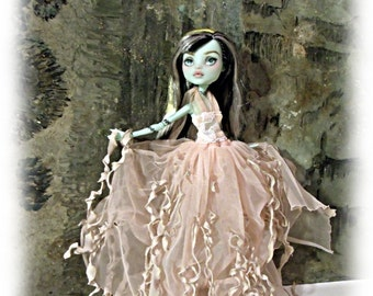 Monster Doll High Fashionl ZOMBIE Goddess Tattered Fairy Goth GothicFashion Outfit Dress Handmade Clothes Ever After
