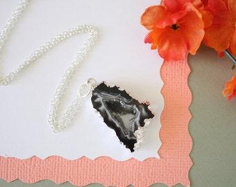 Geode Slice, Silver Geode Necklace, Druzy Necklace Silver, BoHo Necklace, Crystal Necklace, Silver Slice Druzy, Natural, Rock, GCH91