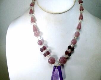 Vintage 1940s Lavender N Clear Czech Glass Bead Necklace, Art Deco Beads, One Strand w Purple Swirled Stripe Glass Pendant, Pretty Classy