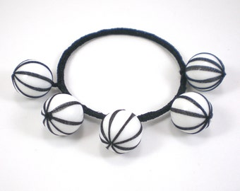 Ribbon Stripe Bracelet Textile Lucite Black White Bangle