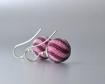globe earrings pink dark red  twisted