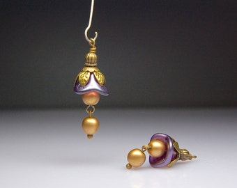 Bead Dangles Vintage Style Purple and Gold Glass Flowers Pair PR14
