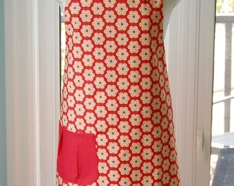 Red Poppy Reversible Apron - fabulous large cotton print apron with pleated pocket and extra long ties