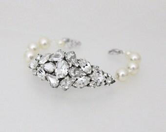 Crystal Bridal bracelet, Wedding bracelet, Crystal cuff bracelet, Pearl Wedding jewelry, Rhinestone bracelet, Swarovski bracelet, Vintage