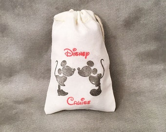 Disney Cruise 2017 - Set of 10 - Fish Extenders - Mickey Minnie Kissing - Party Bags - Cotton Gift Bags - Cruise Ship Gift Exchange