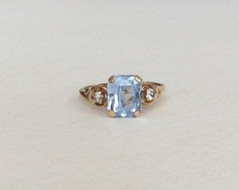 Lovely synthetic spinel vintage ring solid 10k gold