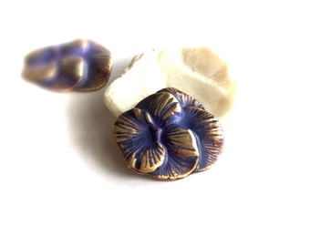 Pansy Flower Pendant Charms - Lilac Purple Patina - 2 pcs. - 28mm