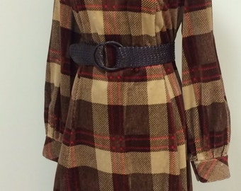 1970s Big Pattern Plaid Dress - Plus Size Vintage - Retro Hipster Kitch - Brown Plaid Corduroy Cord - Kitchy Dress - Circle Skirt - 46 Bust
