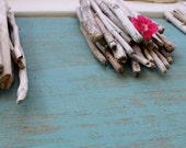 Natural Driftwood Sticks for Beach Wedding Decoration , Artist Supply , bulk Drift Wood ,Surf Tumbled Pieces WED95