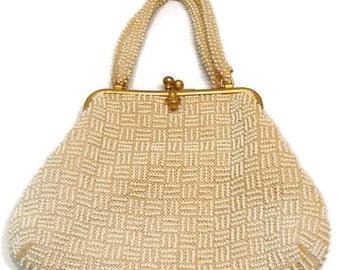 Vintage Cream and Gold Beaded Handbag Vintage Beaded Handbag Vintage Beaded Purses Vintage Evening Purses Retro Handbags an Purses Retro Bag