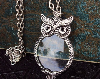 Vintage Style Owl Magnifying Glass Pendant Necklace Victorian Style Ornate Metal Reading Magnifier Antique Silver Long Chain