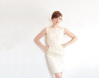 pastel peach 1950 dress . mid century square polka dot summer dress .extra small.xs