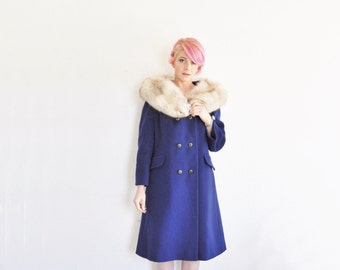 sapphire blue wool swing coat . blond rabbit fur collar .medium.large .sale