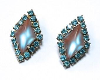 1950s  Saphiret Rhinestone Earrings