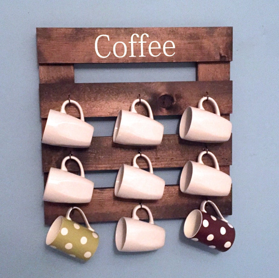 Coffee mug holder rustic mug rack coffee cup display for Coffee mug display rack