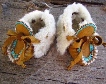 "Baby Moccasins By Desi, 3-6 Months, 3 1/2"" long, Sheepskin fur, Beaded, Deerskin Leather, Winter wear shoes, Christmas Outfit, Booties, warm"