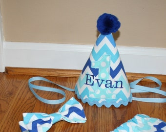 first birthday outfit for boys, birthday hat, bow tie and diaper cover blue chevron, 1st birthday outfit, cake smash outfir