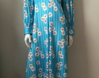 Vintage Women's 70's Daisy Dress, Polyester, Turquoise, Long Sleeve, Full Length Gown (M/L)