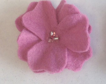 3 felt flowers pins, hair clip set, cherry blossoms. FREE SHIPPING in the US