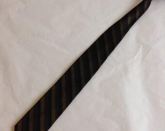 50's 60's Vintage SKINNY Tie.  Beautiful Black Brown & Gold Necktie. Acetate.  Mod, Eames era, Mad Men, Beatles, Rockabilly.