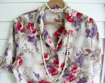 Womans Size 16 Blouse with Roses, Ladies Shirt, Roses, Lilacs, Ladies Clothing, Short Sleeve, by mailordervintage on etsy