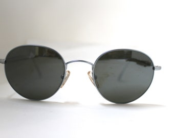 Valentino Sunglasses made in Italy 90s/  off round lens /new old vintage stock