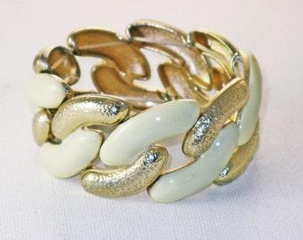 Vintage Wide White Enamel and Gold Tone Stretch Bracelet (BR-3-4)