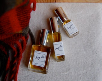 HAYRIDE perfume - all natural fall fragrance with notes of apple, smoke, amber, and sandalwood