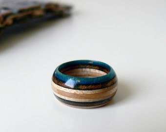 Little Recycled Skateboard Blue and Black Wooden Round Ring - Size 6 1/2