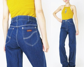 1970s High Waisted Jeans Womens 70s Dark Wash Jeans Crisp Blue Jeans Straight Leg Jeans Indigo Dyed Denim Jeans Vintage Womens Jeans (M)
