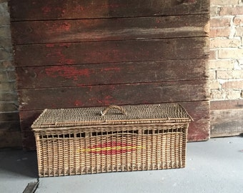 Vintage pigeon carrier Wicker carrier Authentic