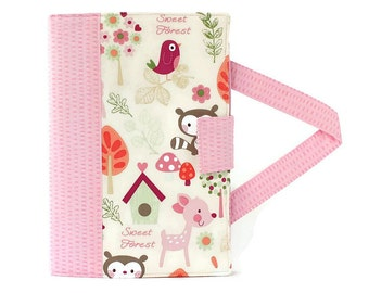 Sweet Forest Crayon Artist Case with option to add a name, Valentine gift, Crayon holder, Crayon wallet, Crayons and paper included