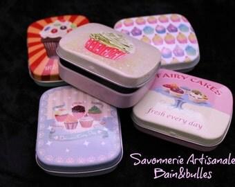 Baume pour les lèvres en joli boitier de collection Retro Cupcake