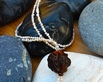 Boho inspired pearl necklace.