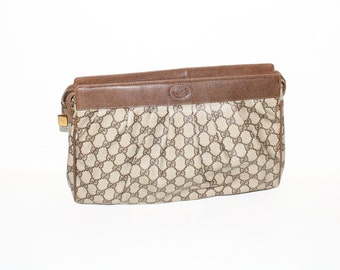GUCCI Vintage Oversized Clutch Brown Monogram Coated Canvas Leather Tote - AUTHENTIC -