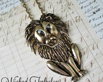 ViNTaGe LioN NeCKLaCe - BoLD & UNuSuaL PieCe!