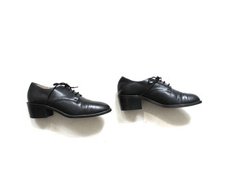 Vintage Leather Oxfords 7.5 / Black Leather Oxfords / Lace Up Brogues