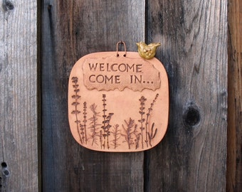 """Pottery Sign """"Welcome Come In"""" with Perched Bird - Made with Real Plants - Square Wall Hanging Sign  - Front Door, Gate or Entryway Decor"""