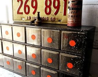 Retro Auto License Plate. 1968 Illinois License plate. Yellow Red Salvage Industrial tin Plate.