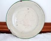Chippy Vintage Enamelware Pie Plate Cream with Green Trim Pie Dish Pie Pan