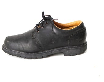 SIZE 9 10 men's DOC MARTENS style black leather 90s Brogues 4 eyelets shoes
