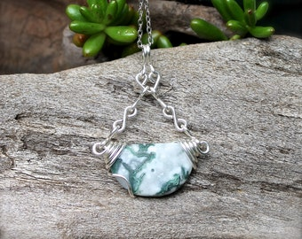 Moss Agate Necklace - Boho Chic Jewelry - Moss Agate Jewelry - Festival Fashion - Bohemian Gypsy Necklace - Boho Jewelry - Wiccan Necklace