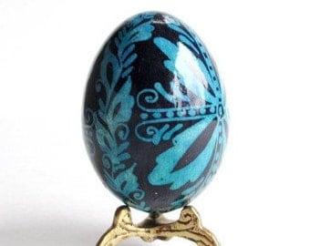 Blue Damask Flower on chicken egg, ukrainian easter eggs, pysanky