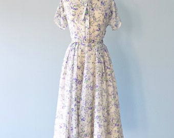Vintage 1950s Daydress...Vintage 50s Semi Sheer Soft Floral Print Daydress